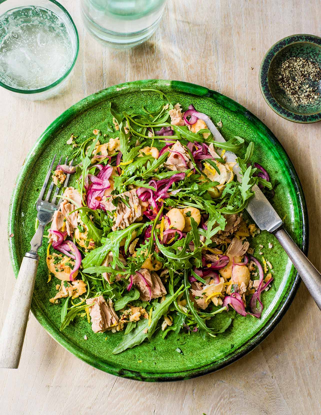 Photo of Tuna, red onion & butter bean salad by WW