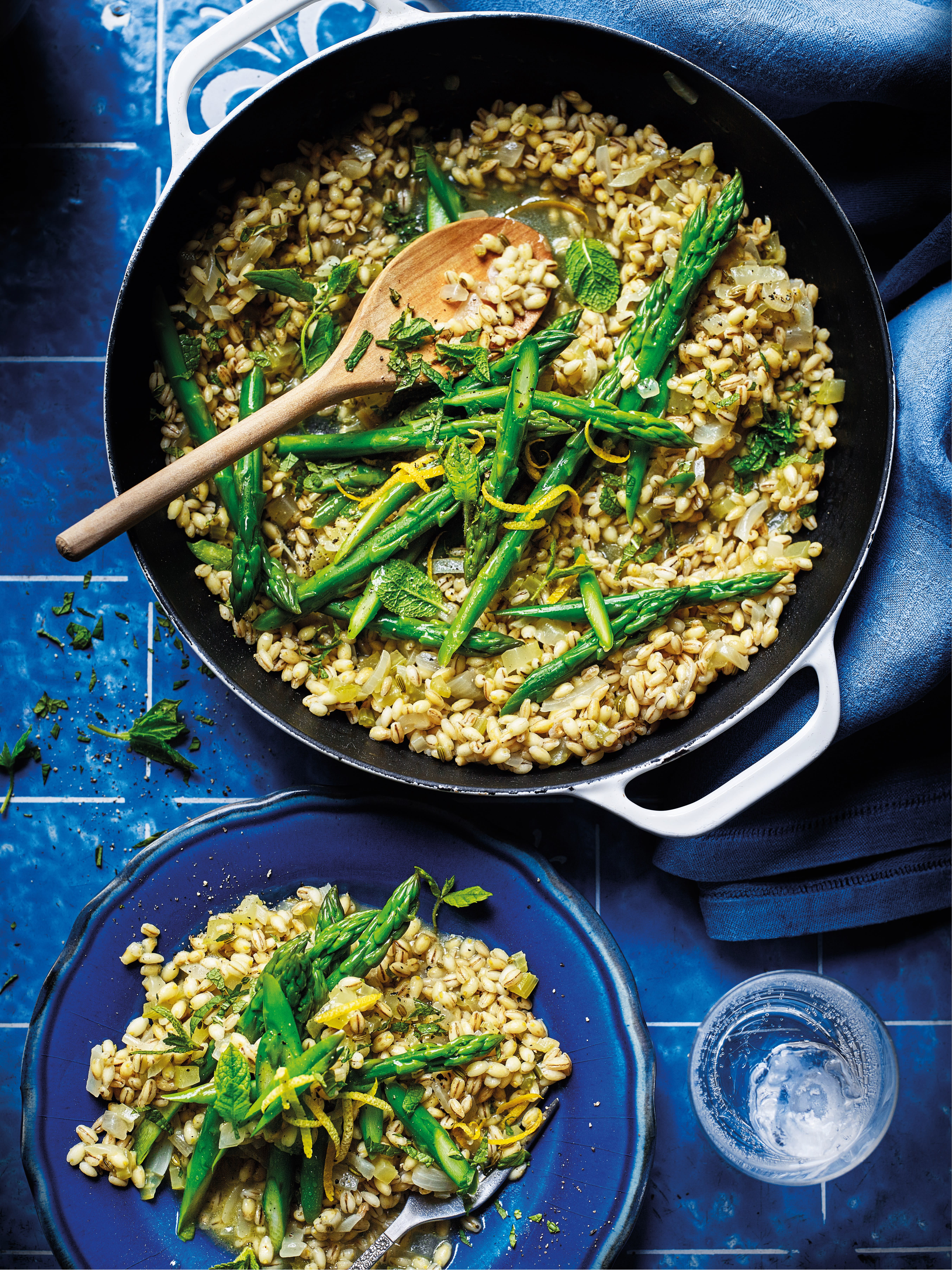 Photo of Asparagus & lemon pearl barley risotto by WW