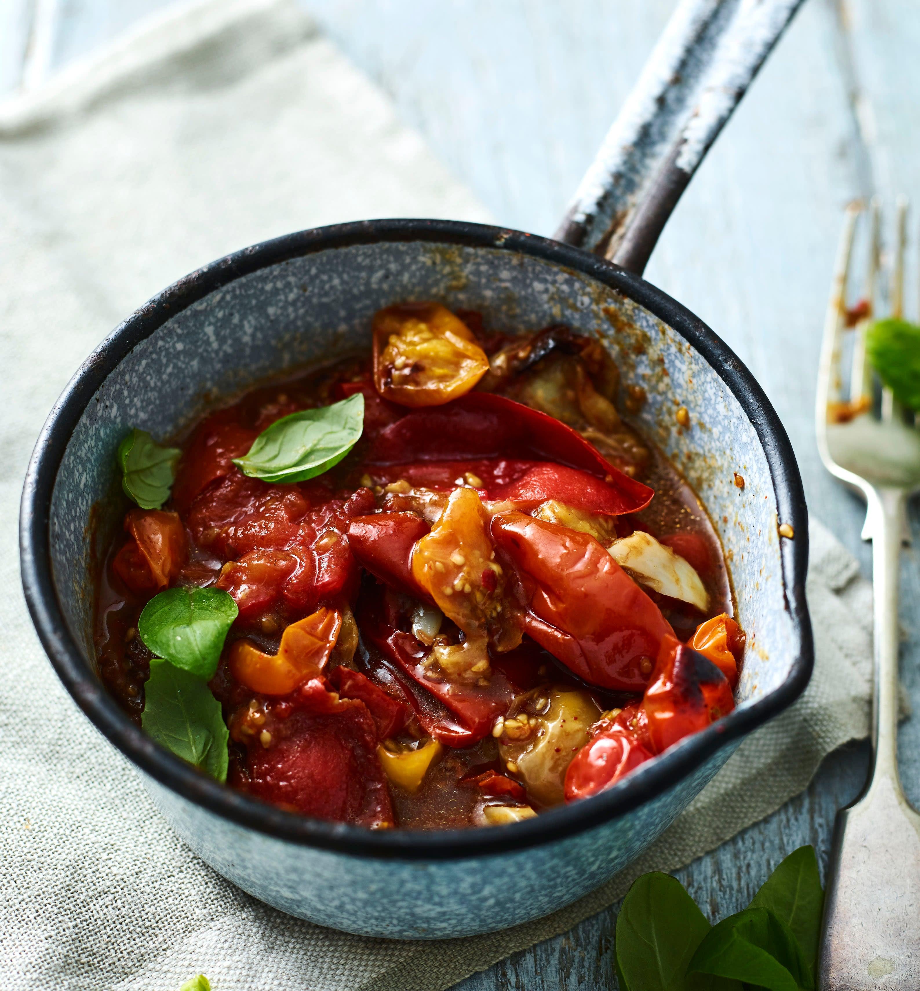 Photo of Roasted tomato & basil pasta by WW