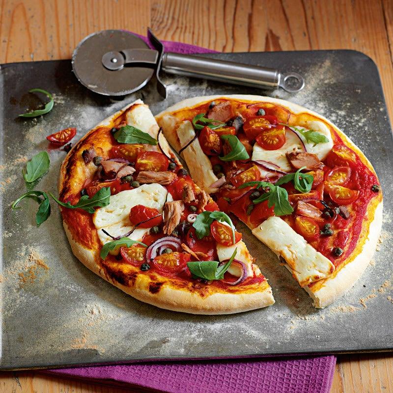 Photo of Tuna, halloumi and caper pizza by WW