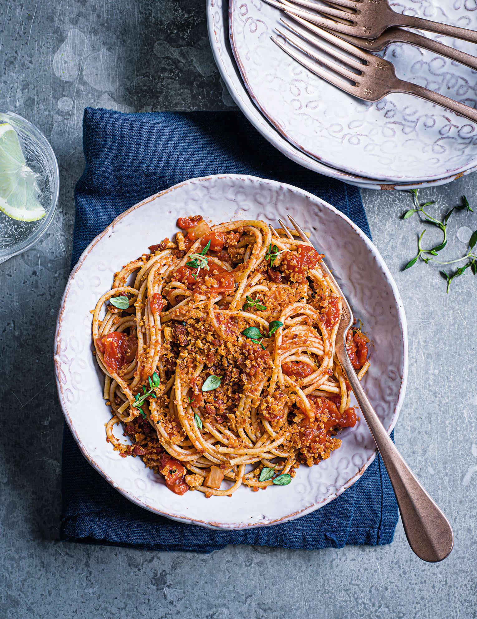 Photo of Spaghetti with chorizo crumb by WW