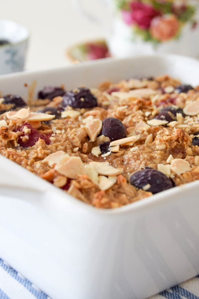 Photo of Chai-spiced baked berry oatmeal by WW