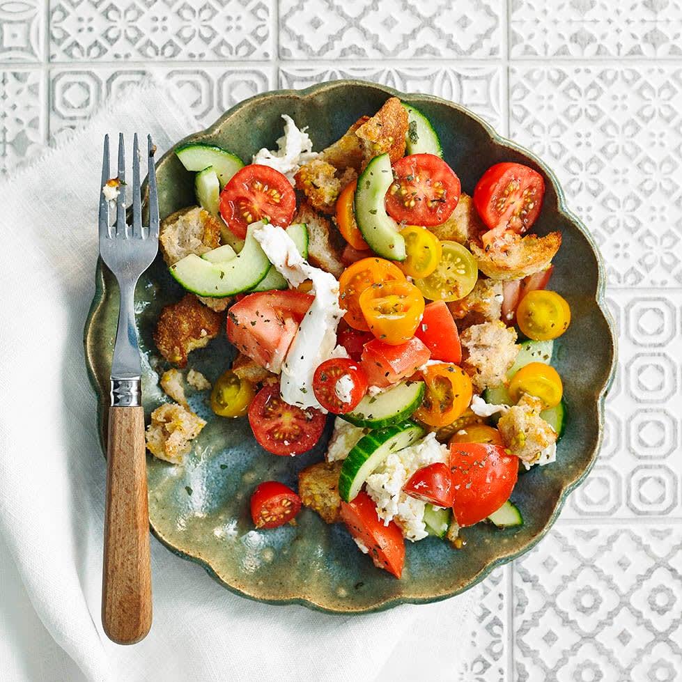 Photo of Mozzarella & tomato panzanella by WW