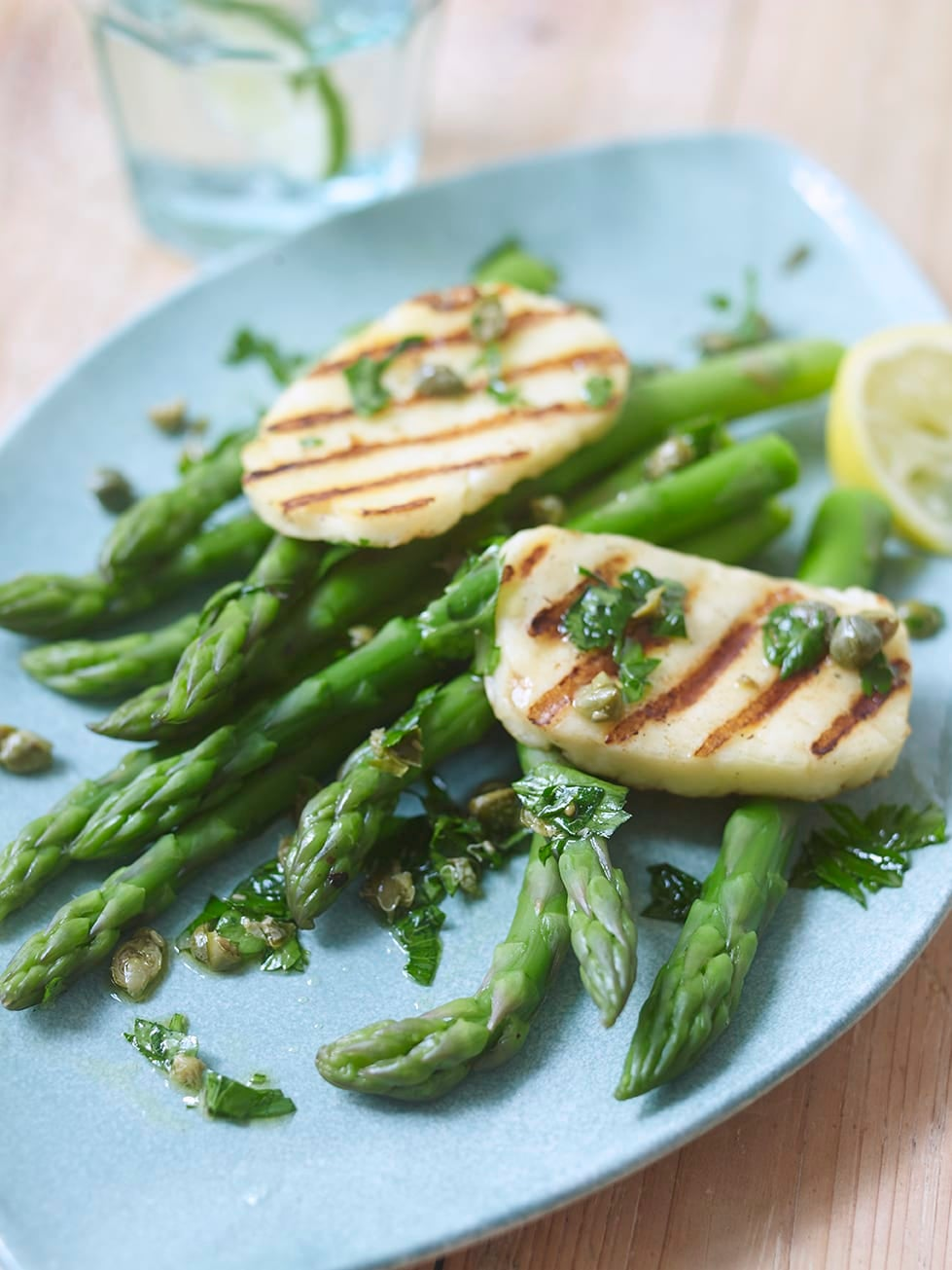 Photo of Really easy asparagus with griddled halloumi by WW