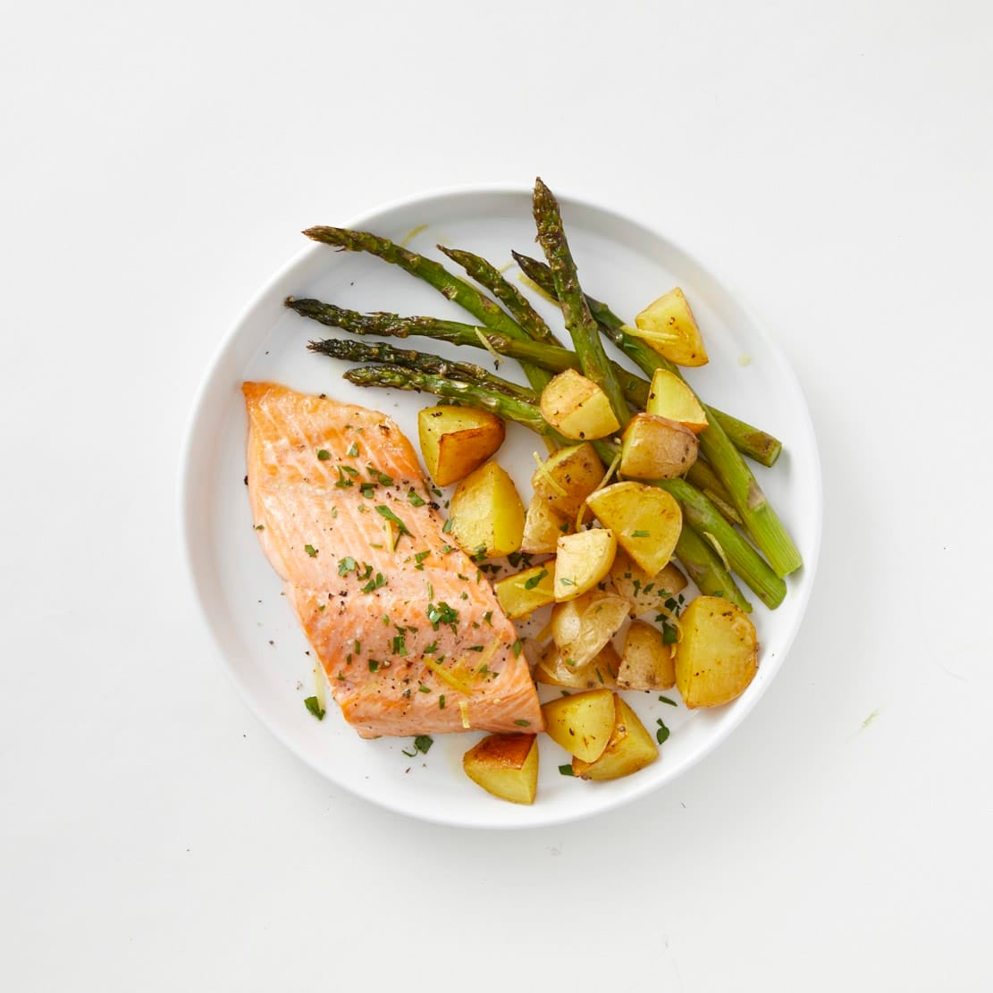 Photo of Roast salmon with potatoes & asparagus by WW