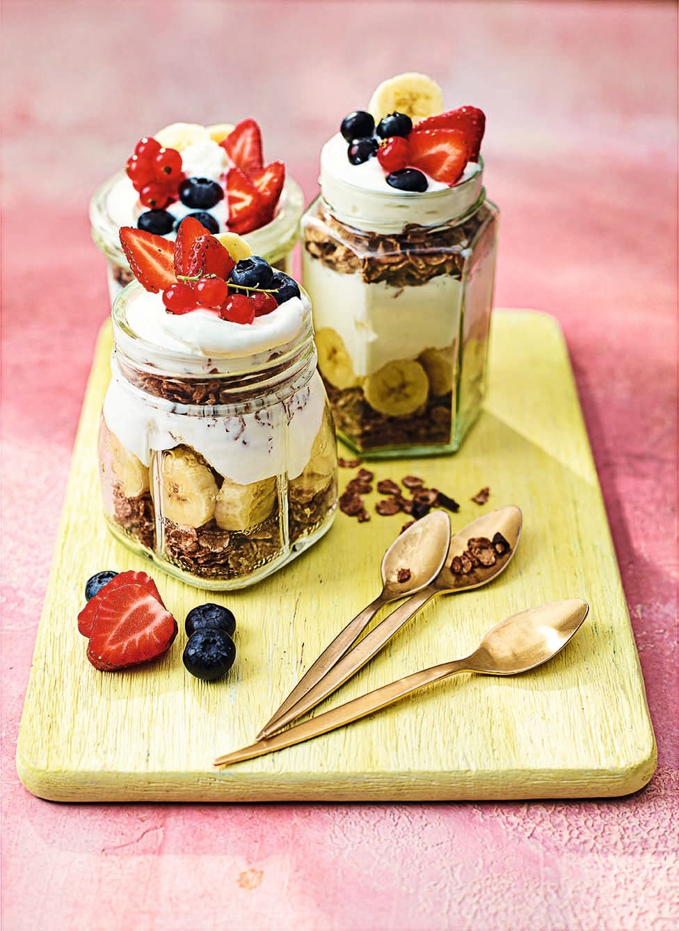 Photo of Banana & berry & chocolate cereal pots by WW