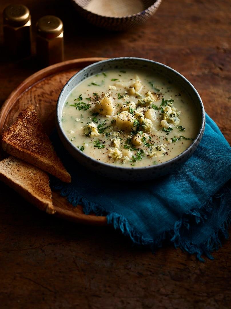 Photo of Cauliflower & Stilton soup by WW
