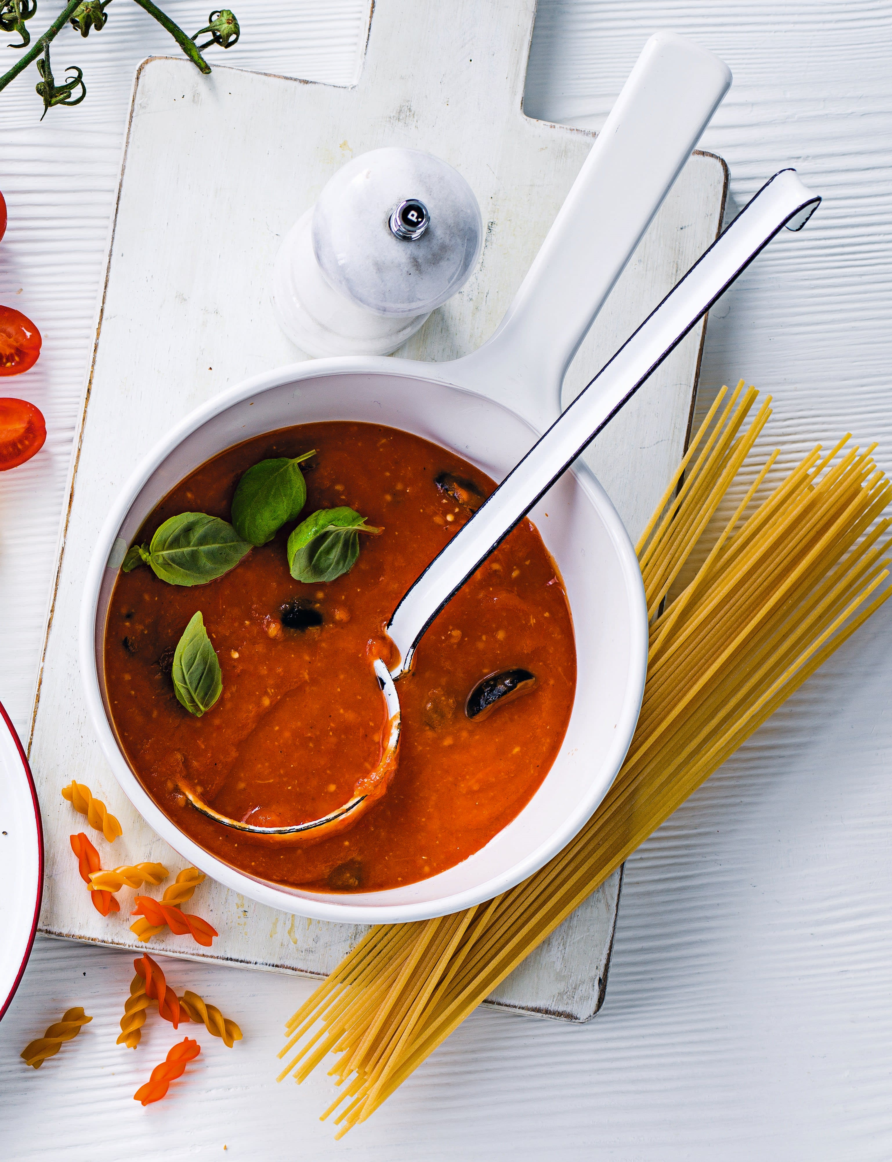 Photo of Spaghetti with roasted tomato sauce by WW