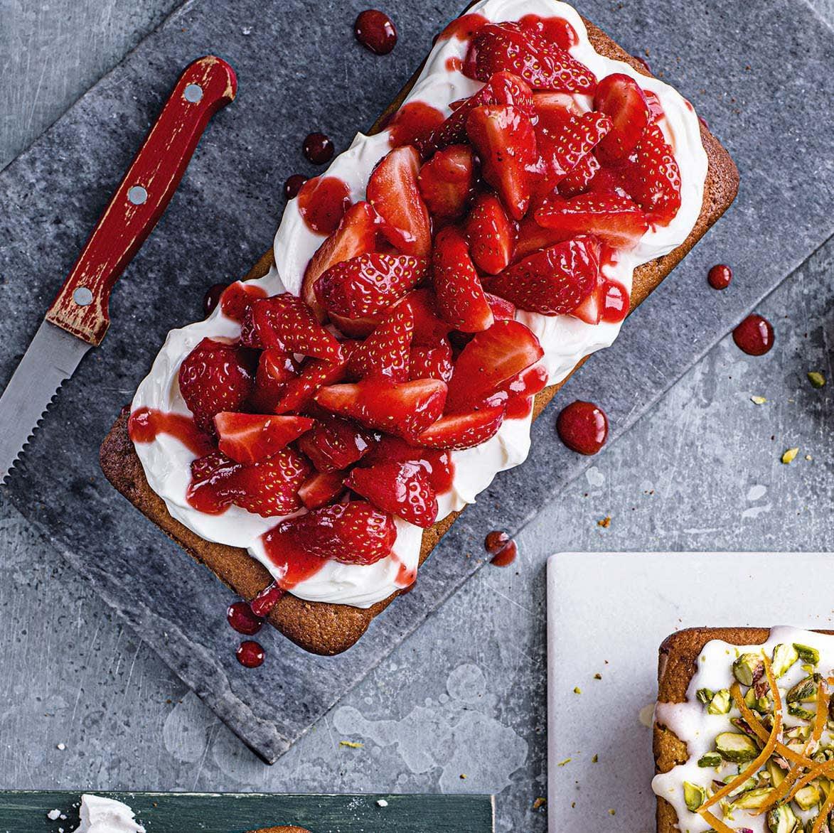 Photo of Strawberry syrup cake by WW