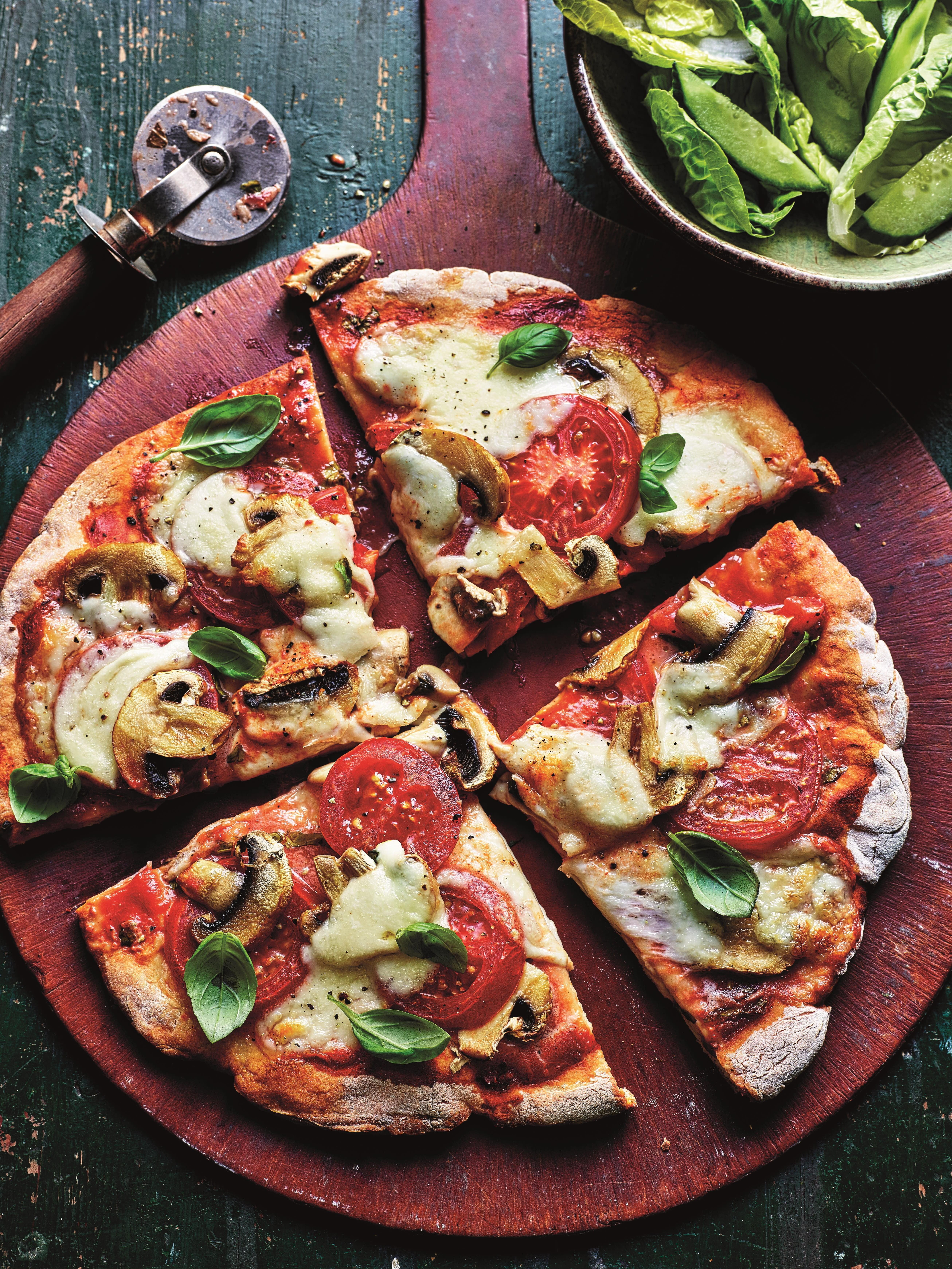 Photo of Tomato & mushroom pizza by WW