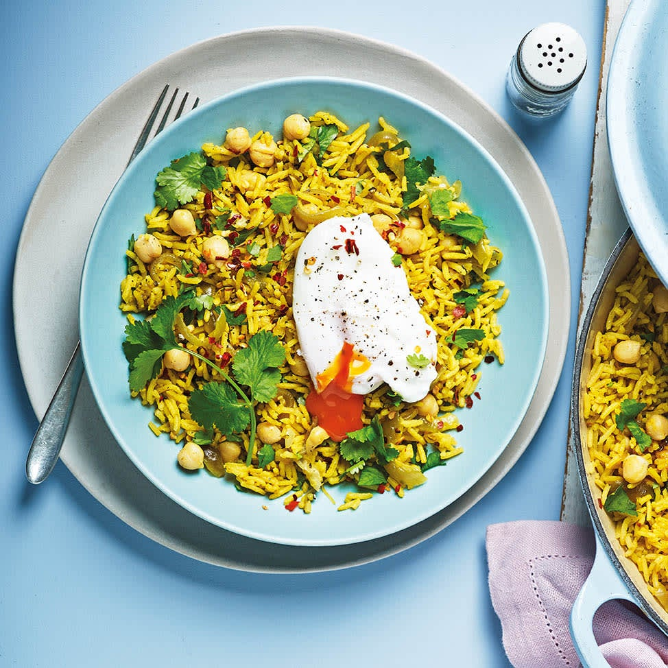 Photo of Chickpea & turmeric rice with poached eggs by WW