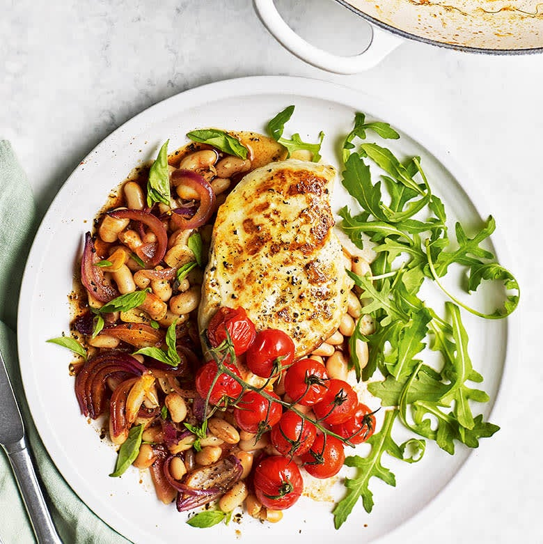 Photo of One pan chicken, cherry tomatoes & white beans by WW