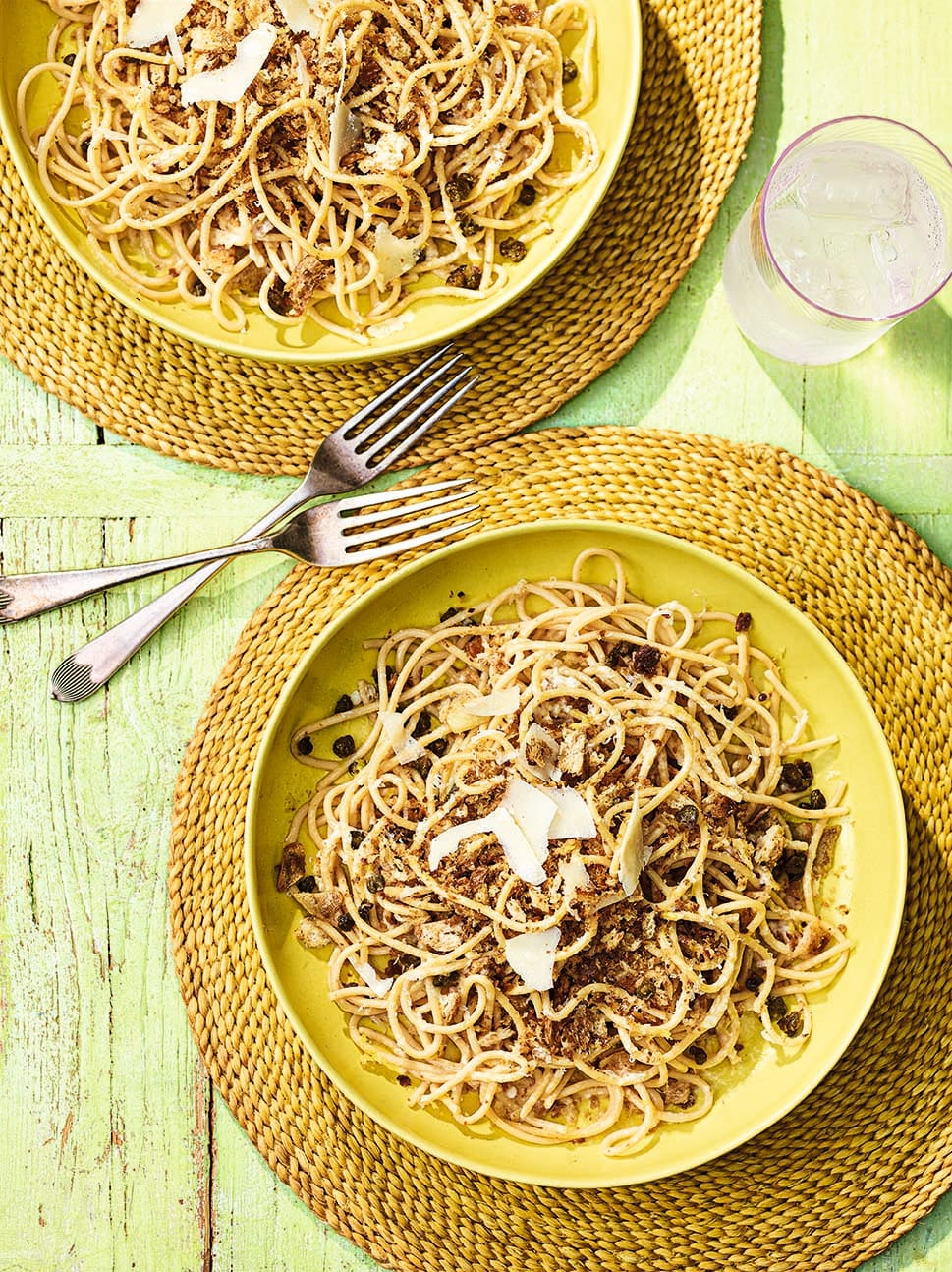 Photo of Pasta with anchovies & capers by WW