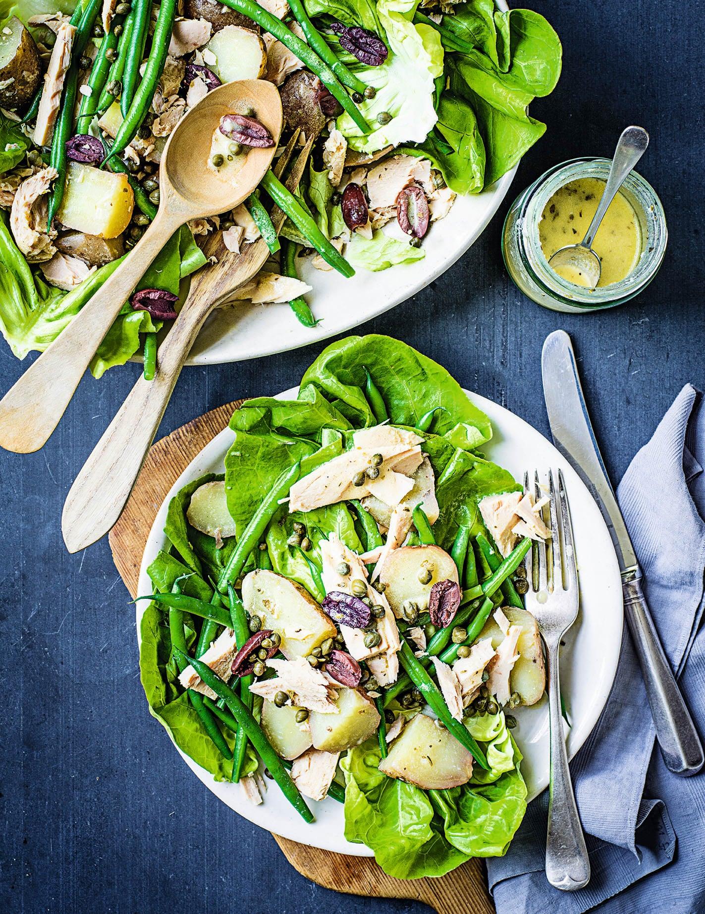 Photo of Tuna Niçoise Salad by WW