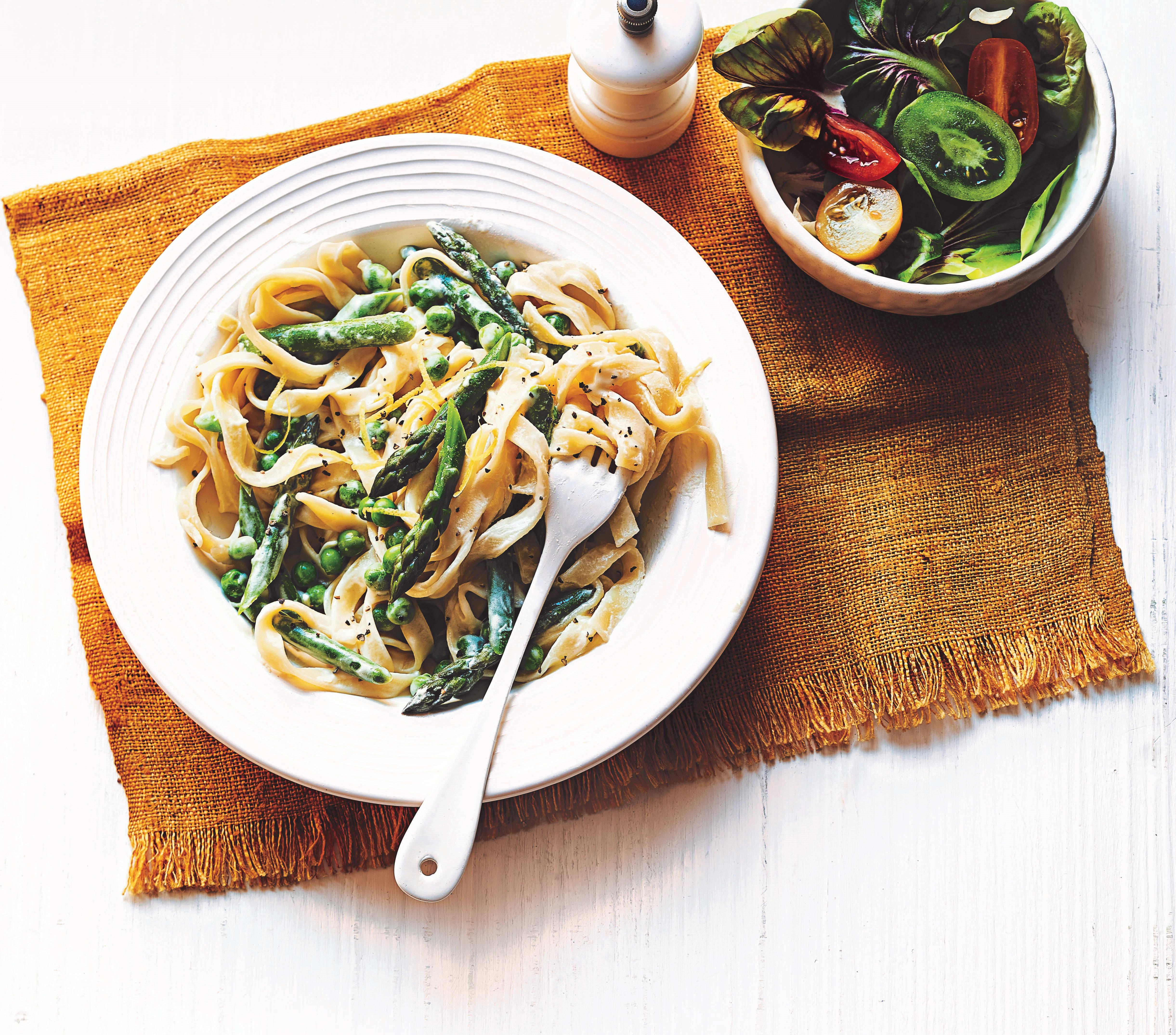 Photo of Pasta primavera with asparagus & peas by WW