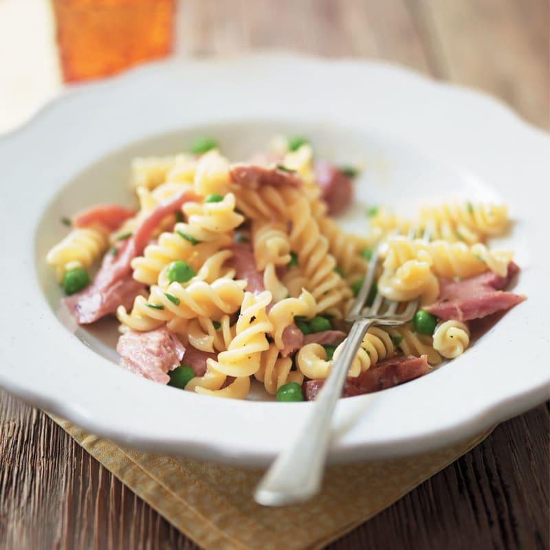 Photo of Ham & petits pois pasta by WW