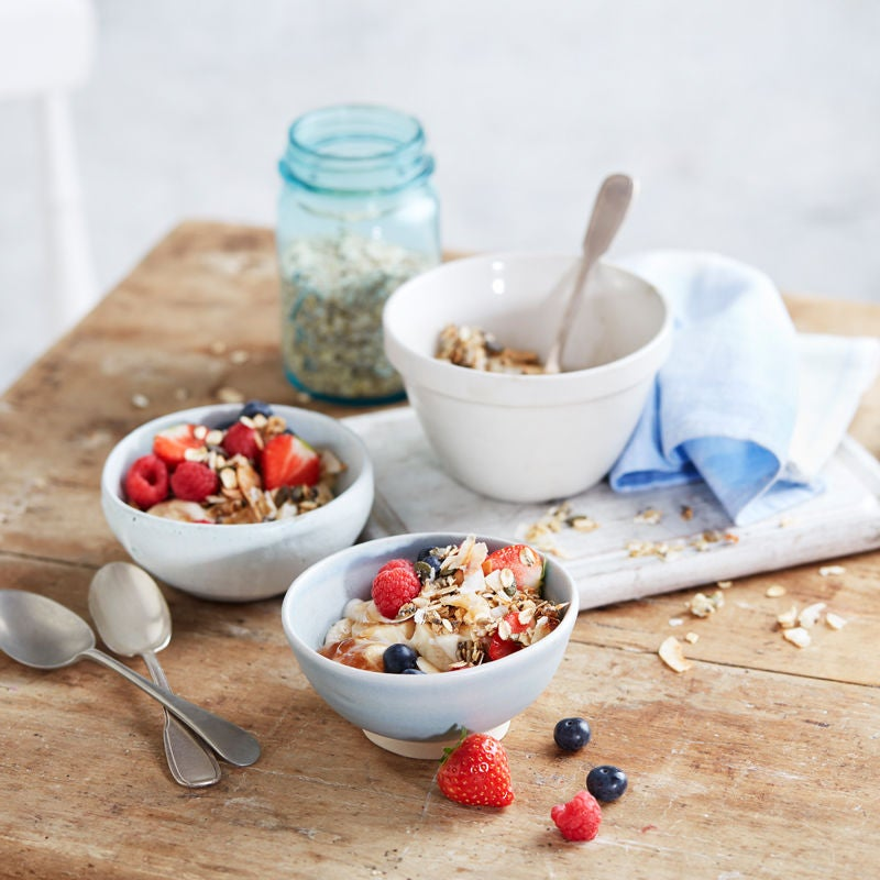 Photo of Fromage frais with granola & berries by WW