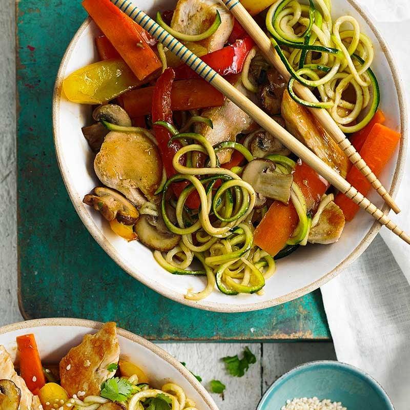Photo of Healthier chicken chow mein by WW
