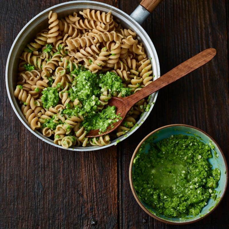 Photo of Pea & pesto pasta by WW