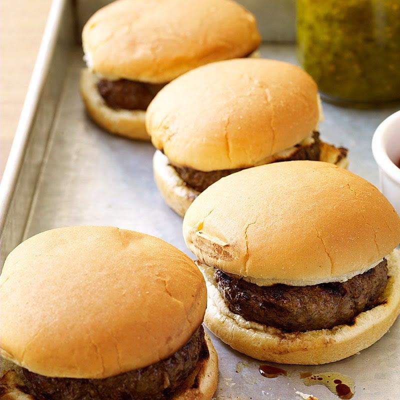 Photo of Juicy hamburgers by WW