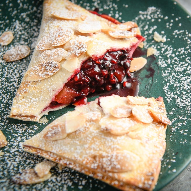 Photo of Apple & blackberry tortilla pies by WW