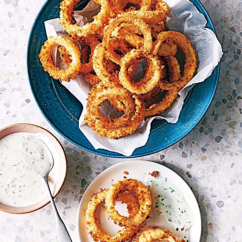 Photo of Crunchy onion rings with buttermilk dip by WW