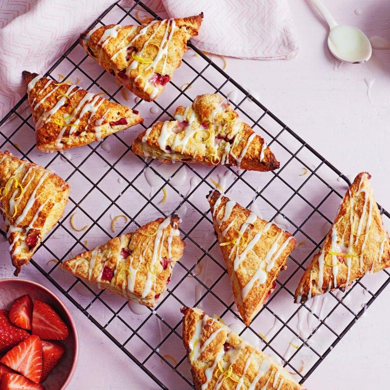 Photo of Strawberry scones with a lemon drizzle glaze by WW