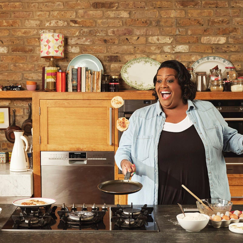 Photo of Alison Hammond's banana pancakes by WW