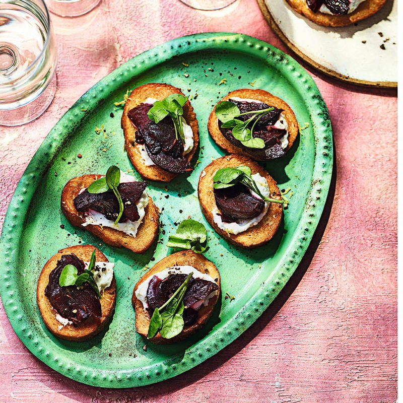 Photo of Balsamic beetroot & ricotta toasts by WW