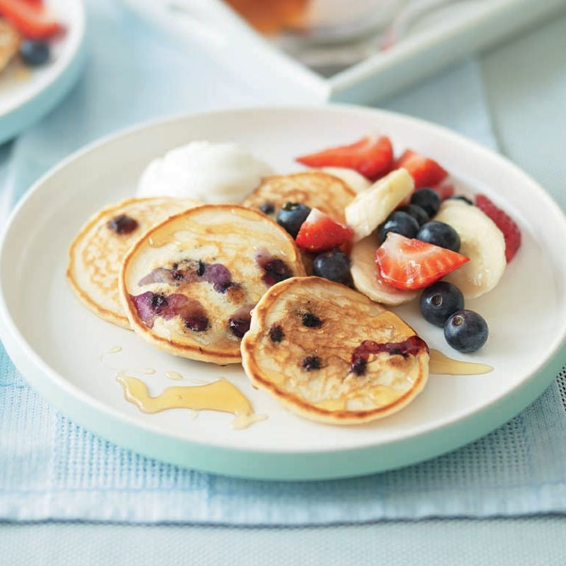 Photo of Banana & berry pancakes by WW