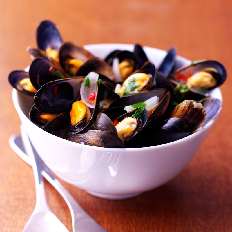Photo of Mussels in Thai broth by WW