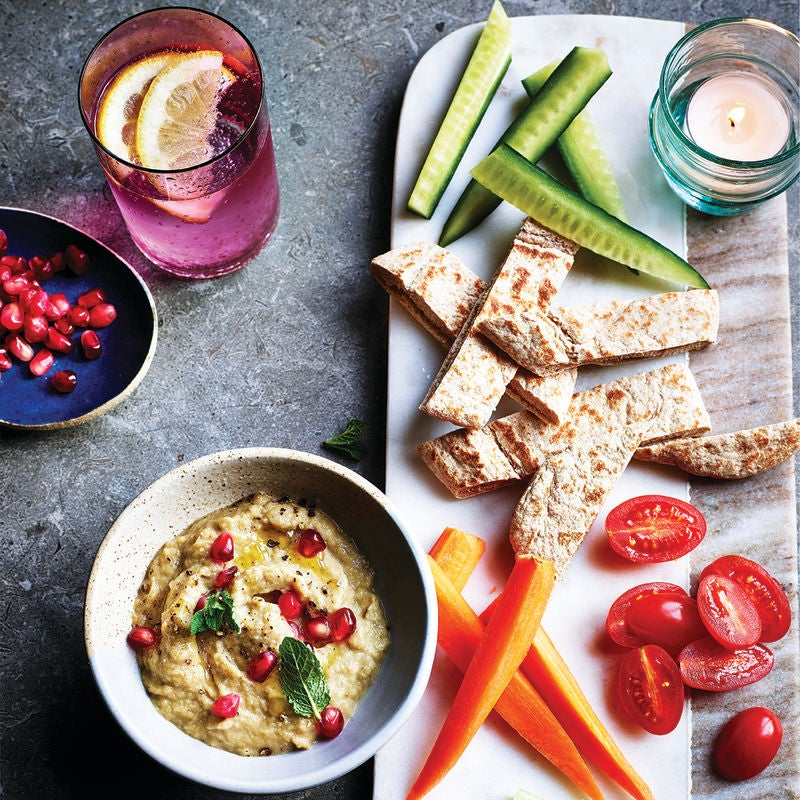 Photo of Baba ganoush with pitta & crudités by WW