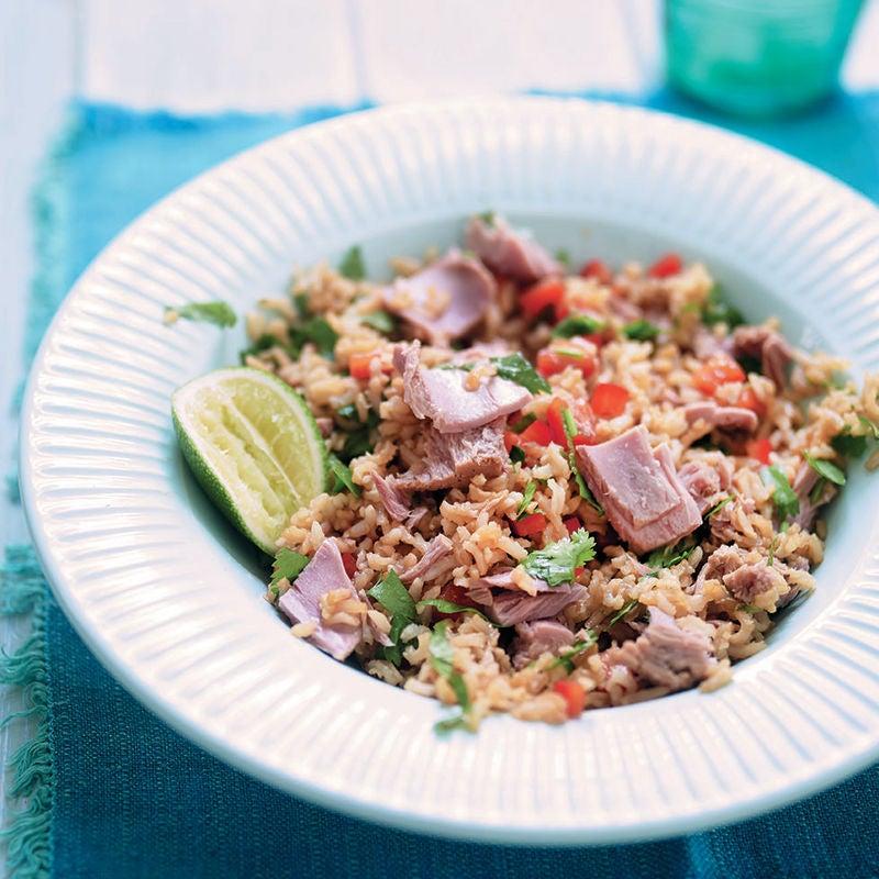 Photo of Sesame & lime tuna salad by WW
