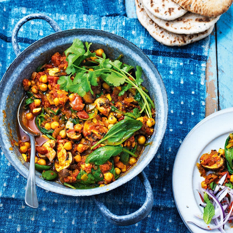 Photo of Spinach, mushroom & chickpea curry by WW
