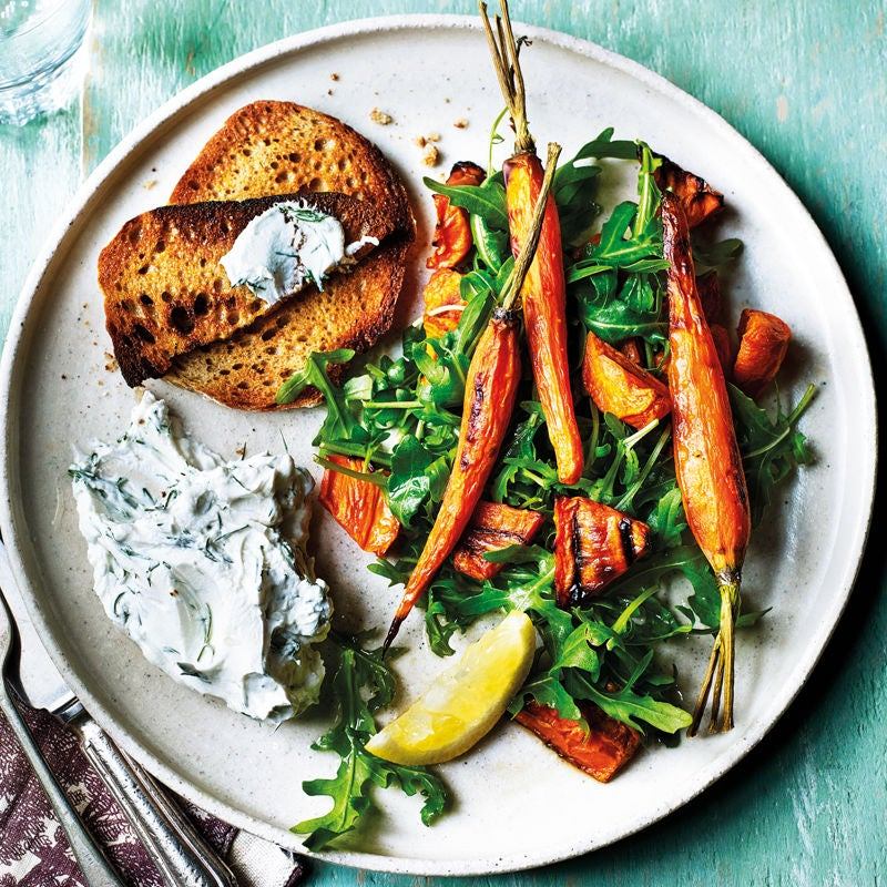 Photo of Roasted carrot salad with rocket and goats cheese by WW