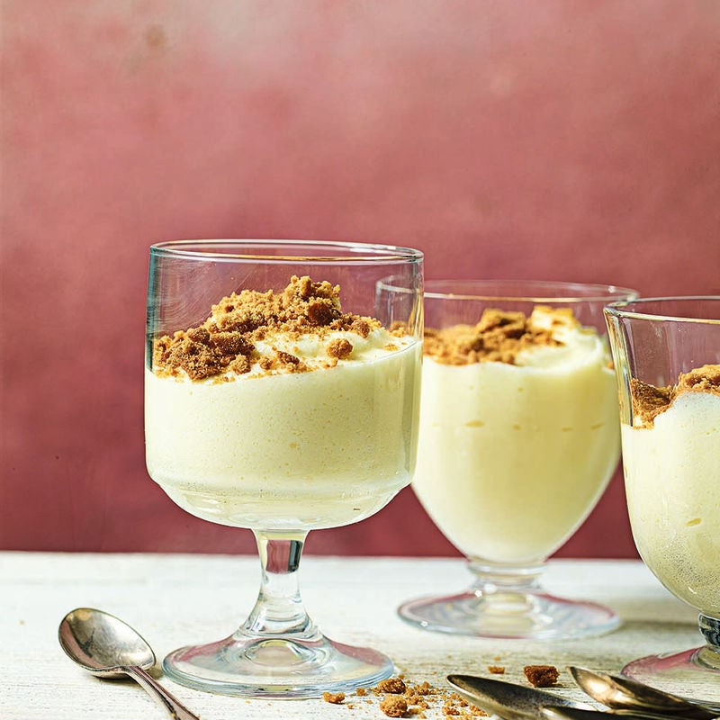 Photo of Lemon mousse with ginger crumb by WW