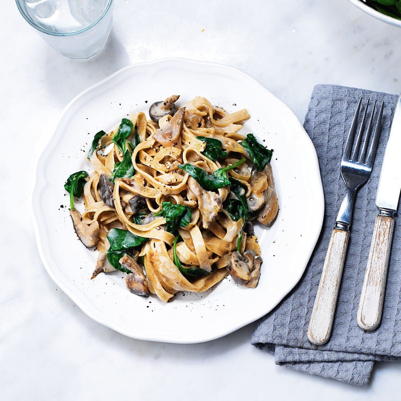 Photo of Creamy mushroom & spinach pasta by WW