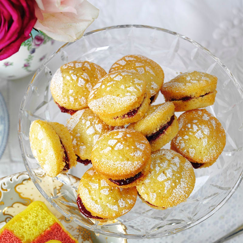 Photo of Mini Victoria sponges by WW