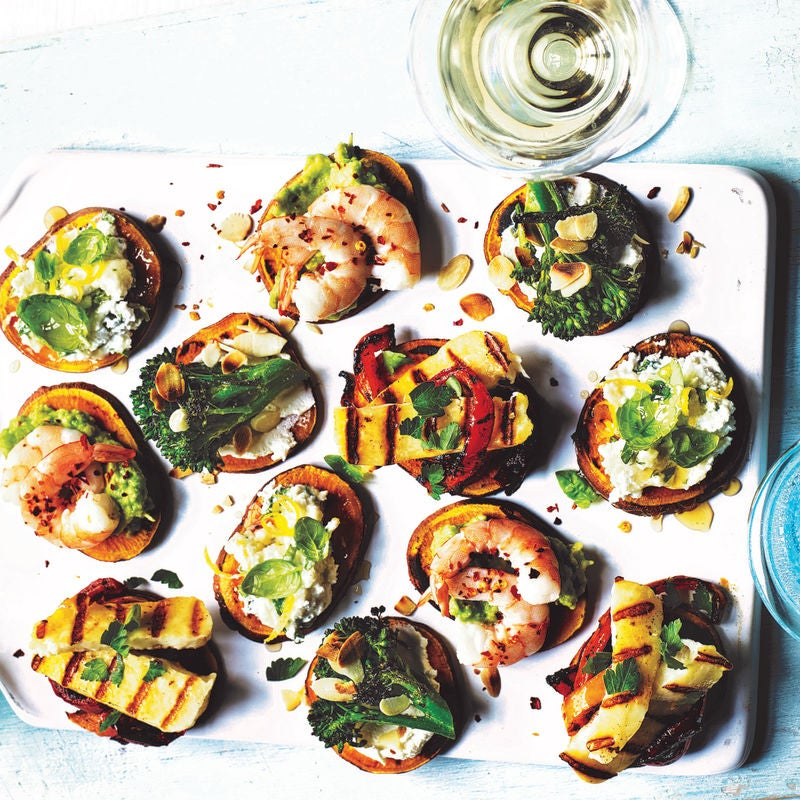 Photo of Griddled peppers & halloumi sweet potato toasts by WW