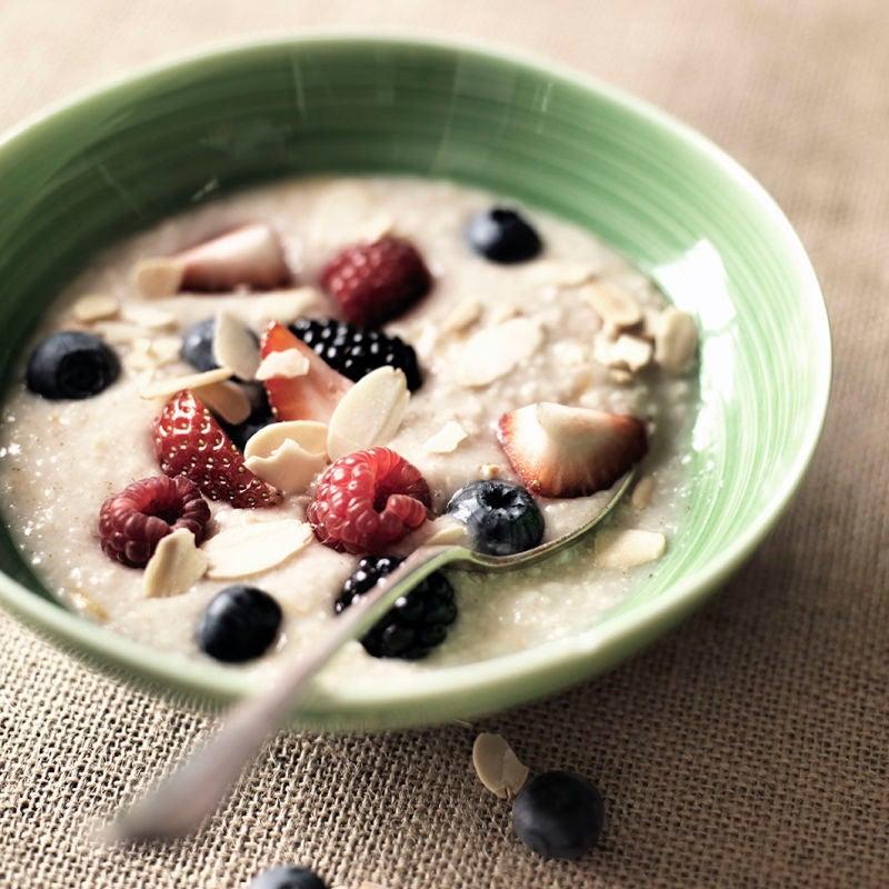 Photo of Berry & almond porridge by WW