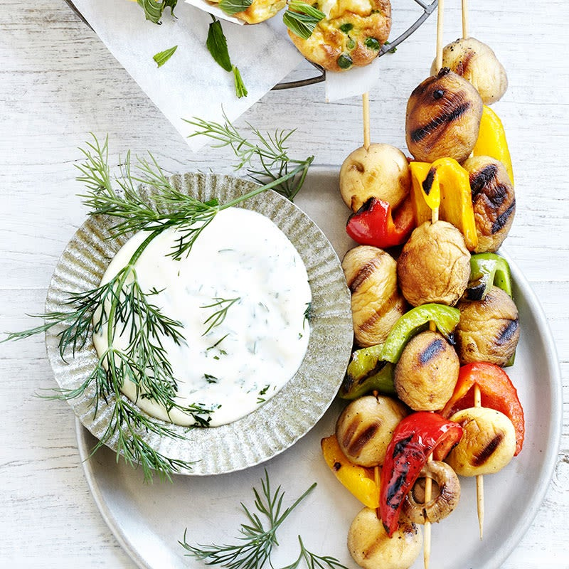 Photo of Pepper & mushroom kebabs with a yogurt-dill dip by WW