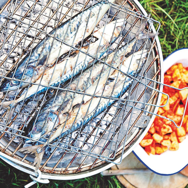Photo of Barbecued mackerel with smoky potatoes by WW