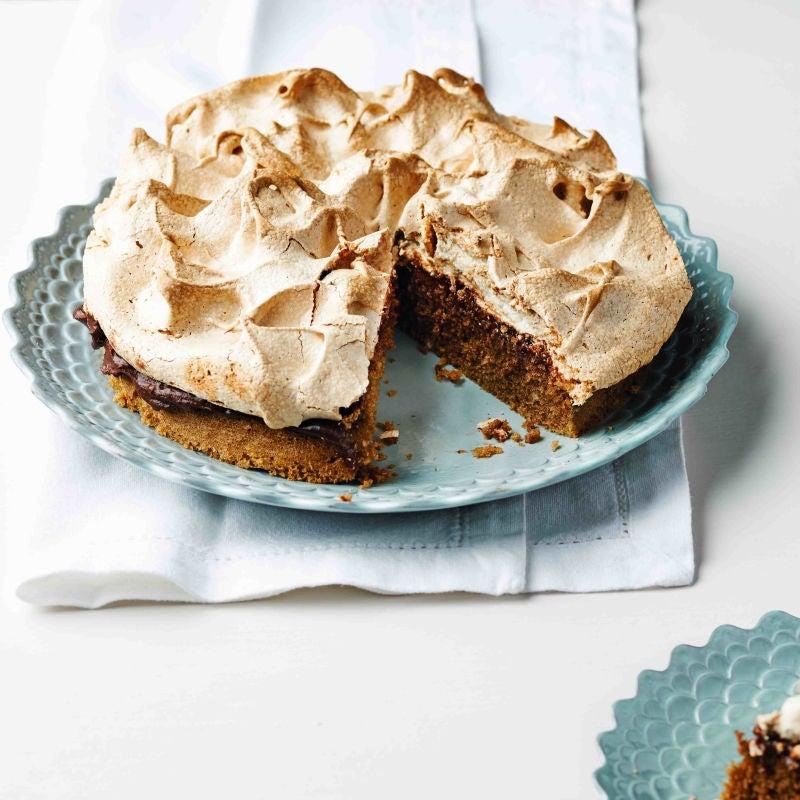 Photo of Crunchy coffee meringue cake by WW
