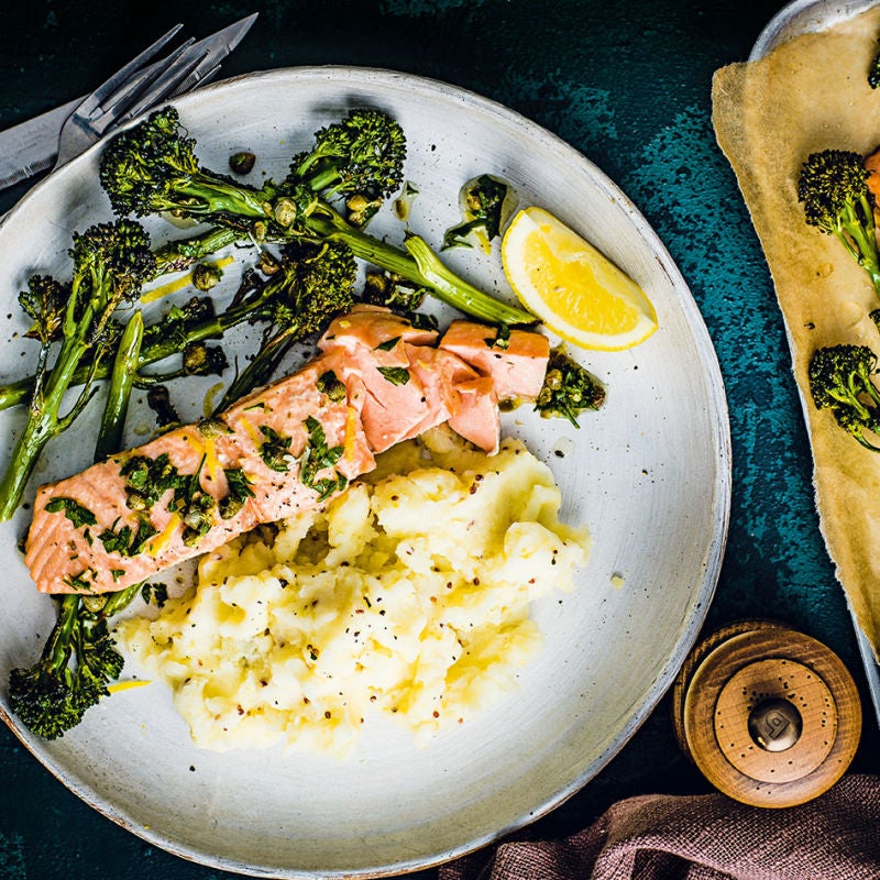 Photo of Baked salmon with parsley & caper sauce by WW